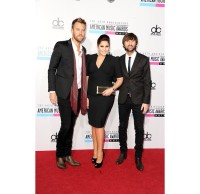 2634409-amas-2012-red-carpet-lady-antebellum-617-600