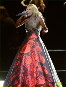 carrie-underwood-hunter-haynes-grammys-2013-performance-watch-now-01