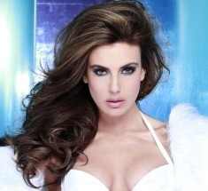 miss-universe-usa-2013-erin-brady-strikes-pose-yamamay-photo-fadil-berisha-miss-universe